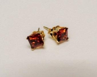 Vintage 14k Gold Rhodolite Garnet Earrings 14k Gold Post Earrings 14k Gold Stud Earrings