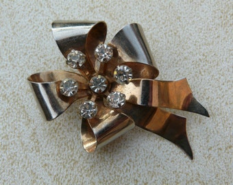 LEO GLASS Sterling Silver Signed Diamante Rhinestone Bow Brooch Pin