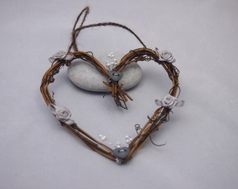 Wood/twig heart hanging decoration