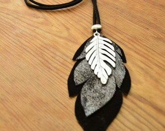 Pendant leather, suede and silver