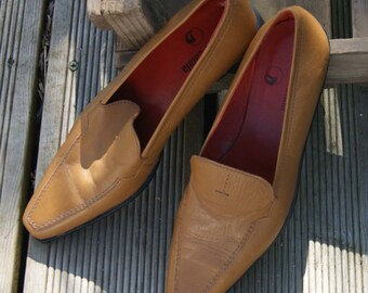 Tomeu Catala Tan coloured Loafter. Size 36
