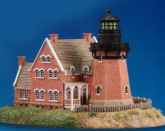 Block Island Southeast Lighthouse, Block Island, Rhode Island, Danbury Mint, about 1994, sculpture nautical, ocean ships