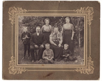 1910s Imperial Russia family LITTLE kids with 3 KITTY CATS antique photo on cardboard