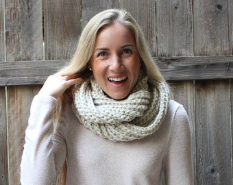 Crochet Chunky Ribbed Infinity Scarf/ Wheat