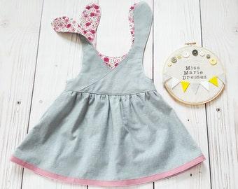 Newborn Handemade Girls Dress – Neutral Baby Girls Dress – Infant Summer Dress – Newborn Outfit – Coming Home Outfit – Boutique Knot Dress