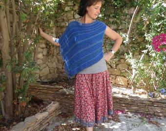 Asymmetric knitted poncho