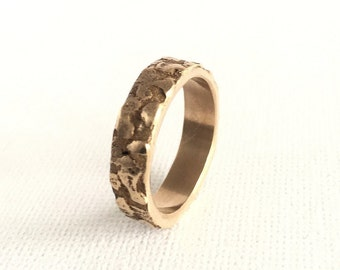 A rustic textured ring.nature,organic,abstract,contemporary,ancient,artifact,boho,gypsy,woodland,relic,roman,gift for her,size n,size 6 half