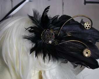 Steampunk Cogs/Gothic Feather Hair Clip/Accessory