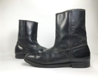 12 - Vintage Pull On Black Motorcycle Boots Cats Paw Soles