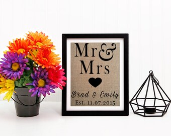 Mr & Mrs Sign | Wedding Sign | Bridal Shower Sign | Favor Table Sign