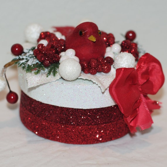 GIFT BOX, Hurry for Christmas, Red Bird, Snow Bird, Sparkly Gift Box/Keepsake Box, Red Bird On The Snow