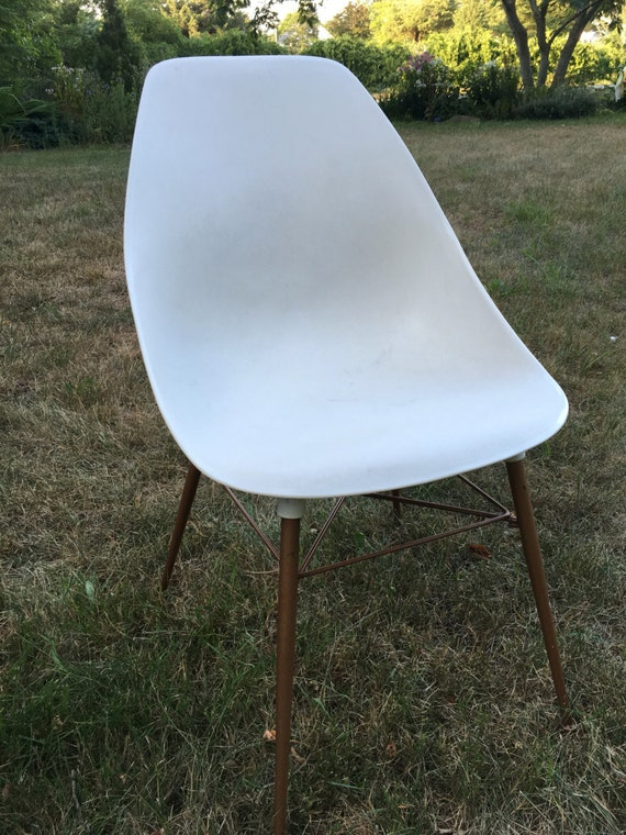 Sam Avedon Alladin Plastic Molded Side Chair Mid Century