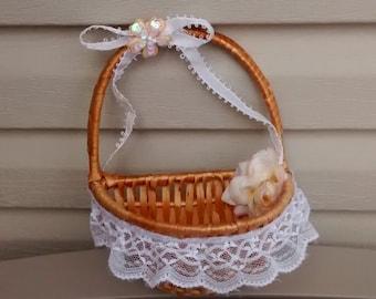 Flower Girl Basket, Rustic Basket, Affordable Basket, Wedding Basket