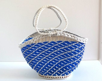 Retro 70s Blue and White Scoubidou Basket - Vintage Wicker and Plastic Shopping Basket - Picnic Basket, Beach Basket
