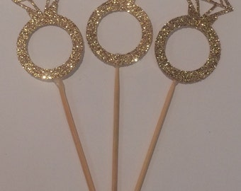 12 x Sparkling diamond ring cupcake toppers