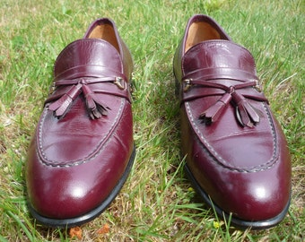 DACK'S 9 B OXBLOOD RED leather size 9B (narrow) dress loafers 1984 Canadian made since 1834, 150th anniversary edition 32 years new