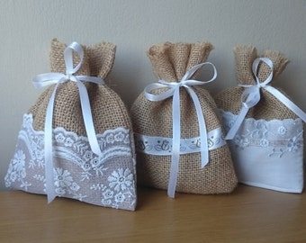 Little burlap bags, set of 5, favor bags, gift bags