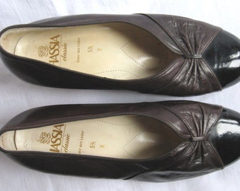 Vintage SHOES womens HEELS brown leather Hassia Classic German vintage shoes