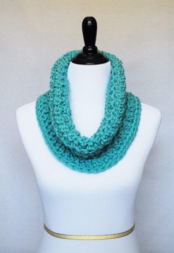 Aqua Crochet Cowl, Blue Green Neck Warmer, Short Infinity Scarf, Textured Cowl -  Aqua Blue, Aqua Green