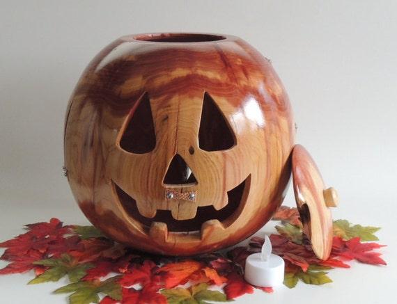 Rustic Wooden Jack O' Lantern Decoration