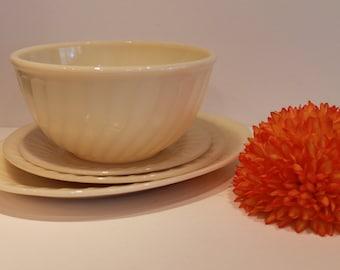 Ivory Fire King - Anchor Hocking - Ivory Swirl Milk Glass - Platter - Plate - Bowl - Swirl Pattern