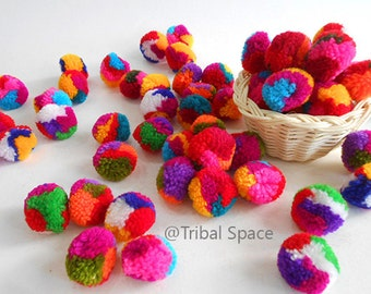 Yarn pom pom, Mixed colors,Colorful,Garland party,Craft supplies 50 pom poms (PM_005)