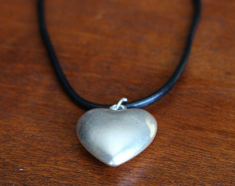 Silver Vintage Heart Leather Cord Chocker