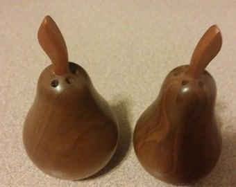 Vintage wood pear Salt and Pepper Shakers : Unused