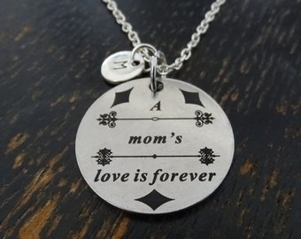 A Mom's love is forever Necklace, Mother Necklace, Mother Jewelry, Mother Charm, Mother Pendant, Mom Necklace, Daughter Necklace, Daughter