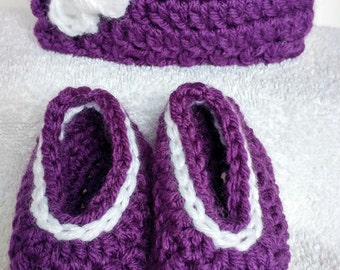 Purple beanie and slippers for new born/Baby/Purple