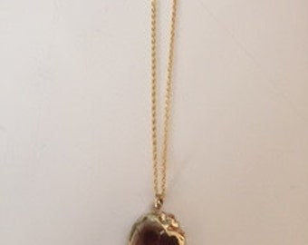 Handmade, gold-plated, stone pendant necklace