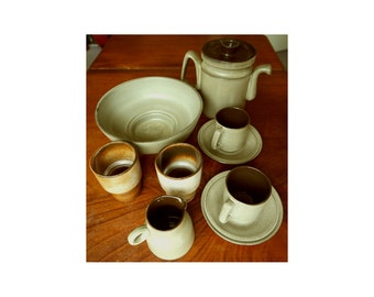 High quality midcentury design Cor Unum Holland by Zweitse Landsheer, grey and brown, modernist earthenware service with bowl and coffeepot
