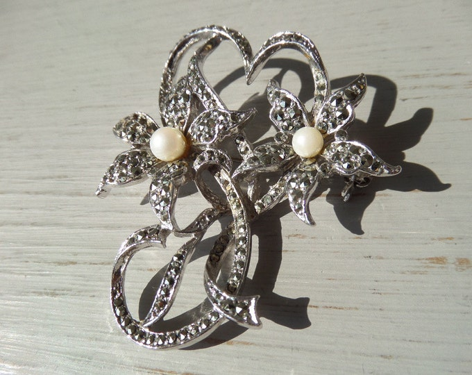 "FREE SHIPPING Marcasite Brooch, Pearls, Vintage Silver Tone Pin Brooch, Floral Spray Shaped, Classic 1950's Mid Century Style, 2"" x 1.75"""