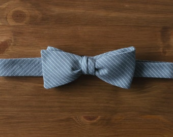 men's bow tie - light teal with beige stripe classic butterfly