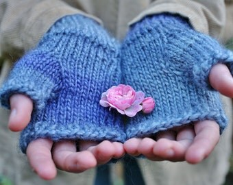 Wool acrylic blend fingerless mittens (sale)