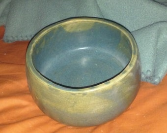 Chic Lotz Handmade Pottery Bowl