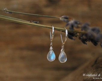 Moonstone earrings, drop earrings, dangle earrings, briolette jewelry, leverback earrings, gemstones, sterling silver 925, blue moonstone