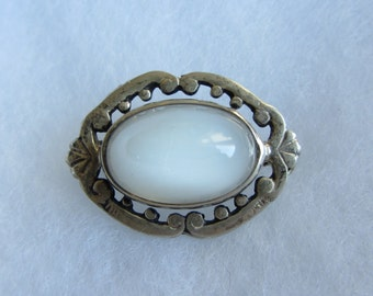 Small Vintage Sterling Silver Glass Pin/ Brooch 1930's - 3.44g