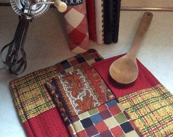 Crimson,Gold, Plaid, Pot Holders-Hot pads, kitchen,dining