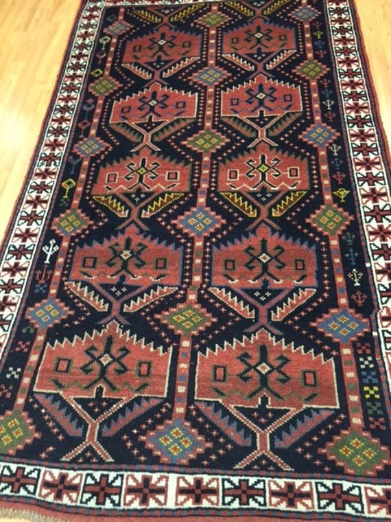 "3'9"" x 6'5"" Persian Shiraz Oriental Rug - Hand Made - 100% Wool"