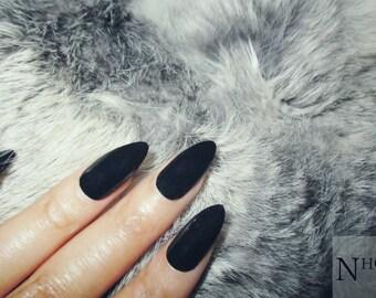 Black Stiletto Nails | Fake Nails | Press on Nails | Pointy Nails
