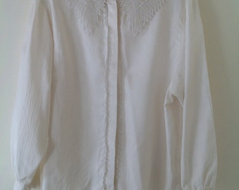 Edwardian blouse, Vintage blouse, Ivory shirt, lace collar, vintage shirt, ladies blouse, UK 12-14,  women's shirt