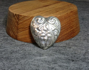 FREE GIFT Box, Vintage, Sterling Silver, Heart, Pin, Brooch, Floral design, flower, Silver, Repoussé, Mexico, TN-49, puffy