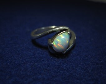 Amazing Sterling Silver Teardrop White Opal Trillion Ring Size 7