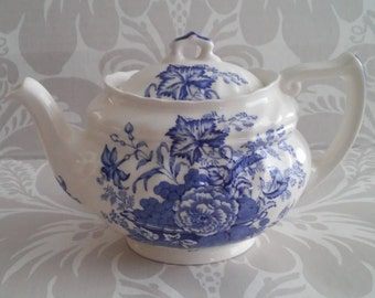 "Vintage Royal Doulton England China Teapot with Lid ""The Kirkwood"" Blue and White Porcelain  D6314"