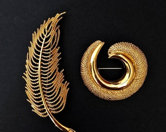 VTG Gold Brooches, Gold Pin, Jewelry Set, Gift Idea for mom, Designer Jewelry, Gold Pins, Scarf pin, Vintage Jewelry