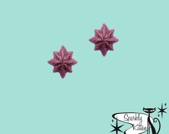 The Starburst earrings in dusty rose