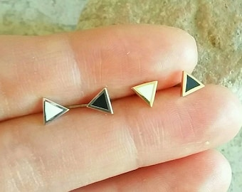 16g Tiny Triangle Helix Earring, triple helix, small cartilage earring, conch piercing, simple tragus piercing,small mini stud earring