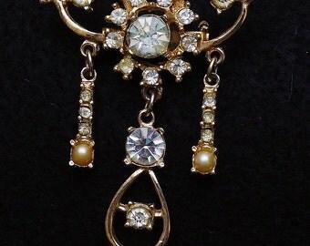 Vintage Rhinestone Pearl and Goldtone Dangle Pin Brooch
