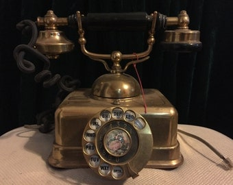 Vintage Victorian Rotary Phone